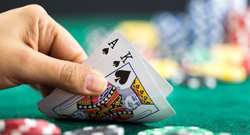 Najwyższa wygrana w blackjack przy otrzymaniu asa i twarzy