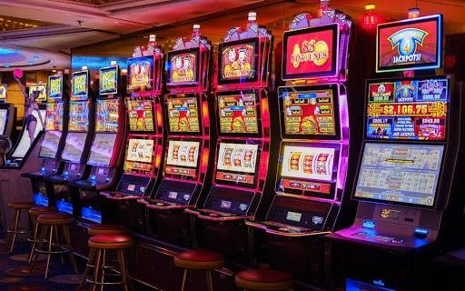 Najlepsze automaty do gry online pokazane w kasynie